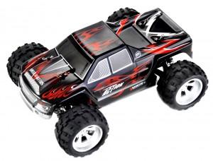 1:18 RC 2.4Gh 4WD Remote Control Off-Road Truck (Black)
