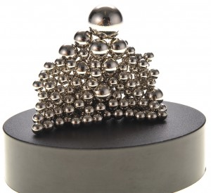 Magnetic Sculpture Desk Toy